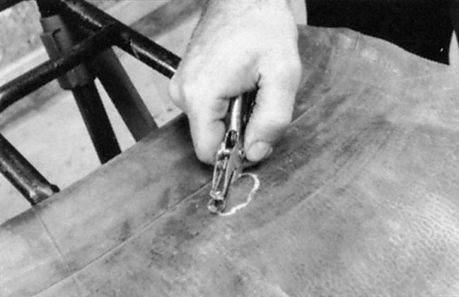 Ремонт автомобильных камер методом холодной вулканизации РМ1 Tech Публикации о шиноремонте  Шлифовальные шарики Шиноремонтный инструмент Шиноремонтные материалы Шиномонтажник Шиномонтаж Шероховальные машинки Технология ремонта Тальк шиномонтажный Ролики закаточные Публикации Очиститель Обезжириватель Ножи для шиномонтажа Мел для шиномонтажа Латки для ремонта камер Клей Вулканизационная жидкость Tech   Ремонт автомобильных камер методом холодной вулканизации РМ1 Tech Публикации о шиноремонте  Шлифовальные шарики Шиноремонтный инструмент Шиноремонтные материалы Шиномонтажник Шиномонтаж Шероховальные машинки Технология ремонта Тальк шиномонтажный Ролики закаточные Публикации Очиститель Обезжириватель Ножи для шиномонтажа Мел для шиномонтажа Латки для ремонта камер Клей Вулканизационная жидкость Tech