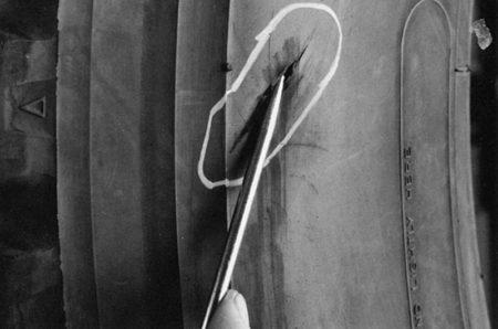 Ремонт боковых порезов с множественным повреждением корда радиальными пластырями РМ9 Tech Шлифовальные шарики Шиноремонтный инструмент Шиноремонтные материалы Шиномонтажник Шиномонтаж Шероховальные машинки Технология ремонта Тальк шиномонтажный Сырая резина Ролики закаточные Публикации Пластыри кордовые Очиститель Ножи для шиномонтажа Мел для шиномонтажа Клей Вулканизационная жидкость Вулканизатор Восстановитель бескамерного слоя Tech   Ремонт боковых порезов с множественным повреждением корда радиальными пластырями РМ9 Tech Шлифовальные шарики Шиноремонтный инструмент Шиноремонтные материалы Шиномонтажник Шиномонтаж Шероховальные машинки Технология ремонта Тальк шиномонтажный Сырая резина Ролики закаточные Публикации Пластыри кордовые Очиститель Ножи для шиномонтажа Мел для шиномонтажа Клей Вулканизационная жидкость Вулканизатор Восстановитель бескамерного слоя Tech   Ремонт боковых порезов с множественным повреждением корда радиальными пластырями РМ9 Tech Шлифовальные шарики Шиноремонтный инструмент Шиноремонтные материалы Шиномонтажник Шиномонтаж Шероховальные машинки Технология ремонта Тальк шиномонтажный Сырая резина Ролики закаточные Публикации Пластыри кордовые Очиститель Ножи для шиномонтажа Мел для шиномонтажа Клей Вулканизационная жидкость Вулканизатор Восстановитель бескамерного слоя Tech