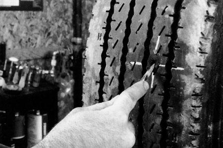Ремонт радиальной грузовой покрышки с помощью грибка РМ3 Tech Шлифовальные шарики Шиноремонтный инструмент Шиноремонтные материалы Шиномонтажник Шиномонтаж Шероховальные машинки Технология ремонта Тальк шиномонтажный Скребки шиномонтажные Ролики закаточные Публикации Очиститель Обезжириватель Ножи для шиномонтажа Мел для шиномонтажа Клей Карбидные фрезы Грибки для ремонта шин Вулканизационная жидкость Восстановитель бескамерного слоя Tech   Ремонт радиальной грузовой покрышки с помощью грибка РМ3 Tech Шлифовальные шарики Шиноремонтный инструмент Шиноремонтные материалы Шиномонтажник Шиномонтаж Шероховальные машинки Технология ремонта Тальк шиномонтажный Скребки шиномонтажные Ролики закаточные Публикации Очиститель Обезжириватель Ножи для шиномонтажа Мел для шиномонтажа Клей Карбидные фрезы Грибки для ремонта шин Вулканизационная жидкость Восстановитель бескамерного слоя Tech   Ремонт радиальной грузовой покрышки с помощью грибка РМ3 Tech Шлифовальные шарики Шиноремонтный инструмент Шиноремонтные материалы Шиномонтажник Шиномонтаж Шероховальные машинки Технология ремонта Тальк шиномонтажный Скребки шиномонтажные Ролики закаточные Публикации Очиститель Обезжириватель Ножи для шиномонтажа Мел для шиномонтажа Клей Карбидные фрезы Грибки для ремонта шин Вулканизационная жидкость Восстановитель бескамерного слоя Tech   Ремонт радиальной грузовой покрышки с помощью грибка РМ3 Tech Шлифовальные шарики Шиноремонтный инструмент Шиноремонтные материалы Шиномонтажник Шиномонтаж Шероховальные машинки Технология ремонта Тальк шиномонтажный Скребки шиномонтажные Ролики закаточные Публикации Очиститель Обезжириватель Ножи для шиномонтажа Мел для шиномонтажа Клей Карбидные фрезы Грибки для ремонта шин Вулканизационная жидкость Восстановитель бескамерного слоя Tech