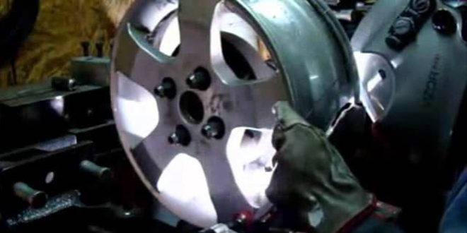 Видео. Сварка литого диска на шиномонтаже. Видео  Шиномонтажник Шиномонтаж Смотреть Youtube Video