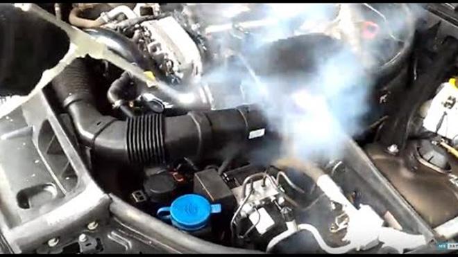 Когда и как правильно мыть двигатель автомобиля. Публикации Автохимия Автосервис Автомойщик Автомойка Автолюбитель