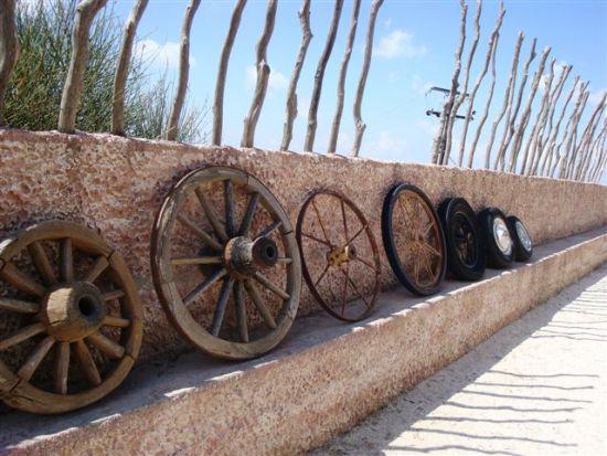 А знаете ли Вы, как появилось колесо? Краткая история колеса. Шиноремонтный инструмент Шиномонтажник Шиномонтаж Публикации Истории Водитель Автосервис Автомобиль Автолюбитель