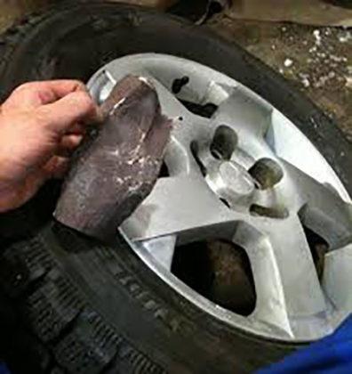 Использование комплекта для ремонта колесных дисков Шиномонтажник Шиномонтаж Публикации Водитель Автосервис Автомобиль Автолюбитель